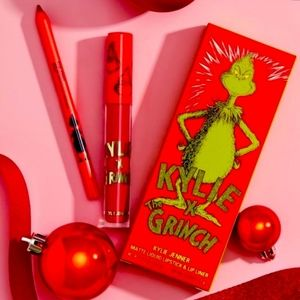 💚Kylie x The Grinch Lip Kit